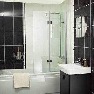 Roman Embrace Inward and Outward Folding Bath Screen 920mm