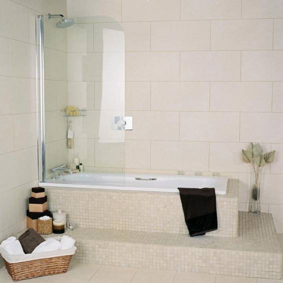 Roman Collage Curved White Frame Bath Screen 825mm